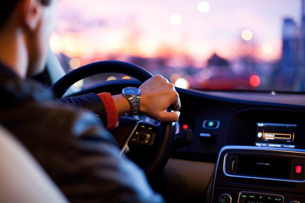 Chauffeur privé soirée saint valentin