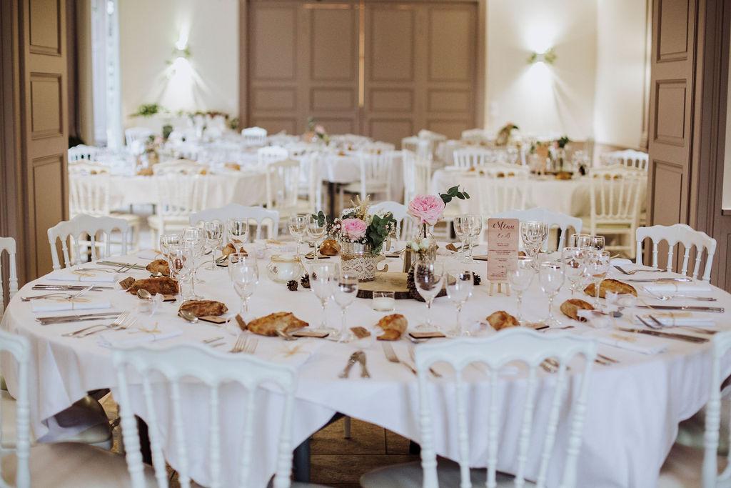 Salle de réception au Château de Césarges. Thème Romantique.