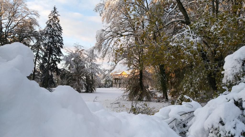 Le Château de césarges sous la neige